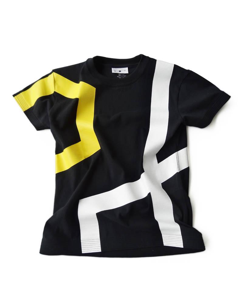 T-shirt model #1