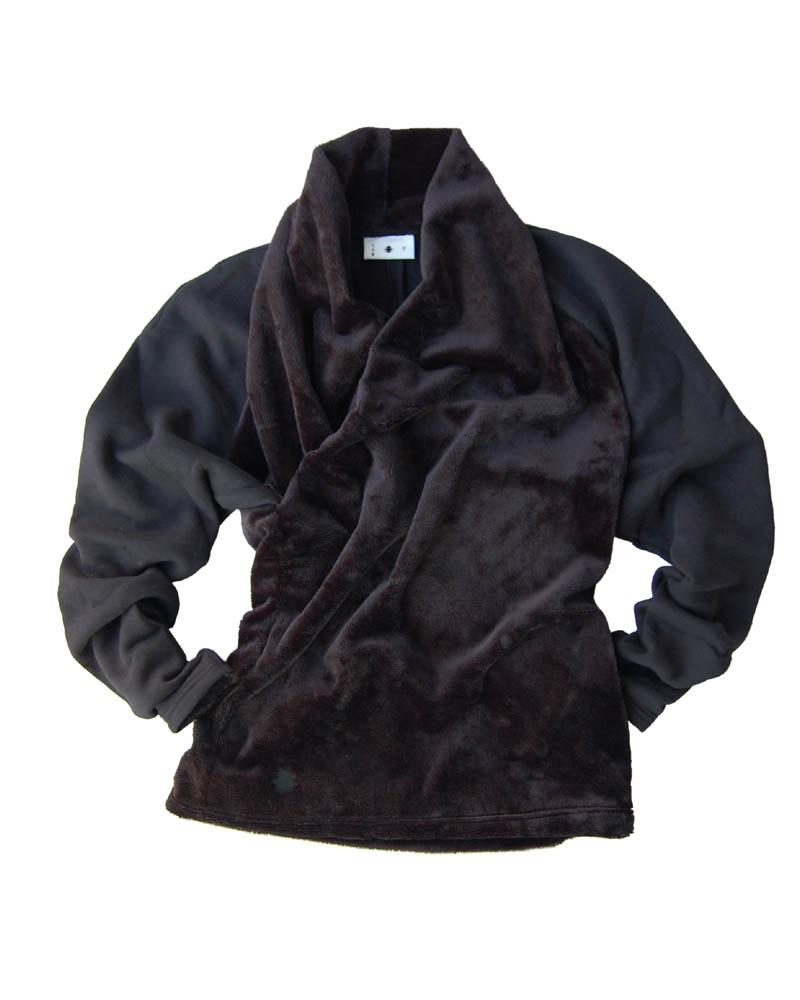 Overlap-collar pullover